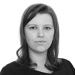 Oana Dobre, Senior Associate
