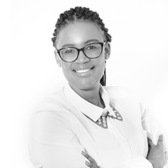 Mmueledi Monatisa, Senior Associate