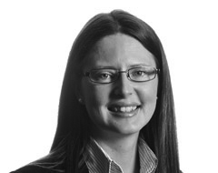 Lisa Farrer, Senior Associate